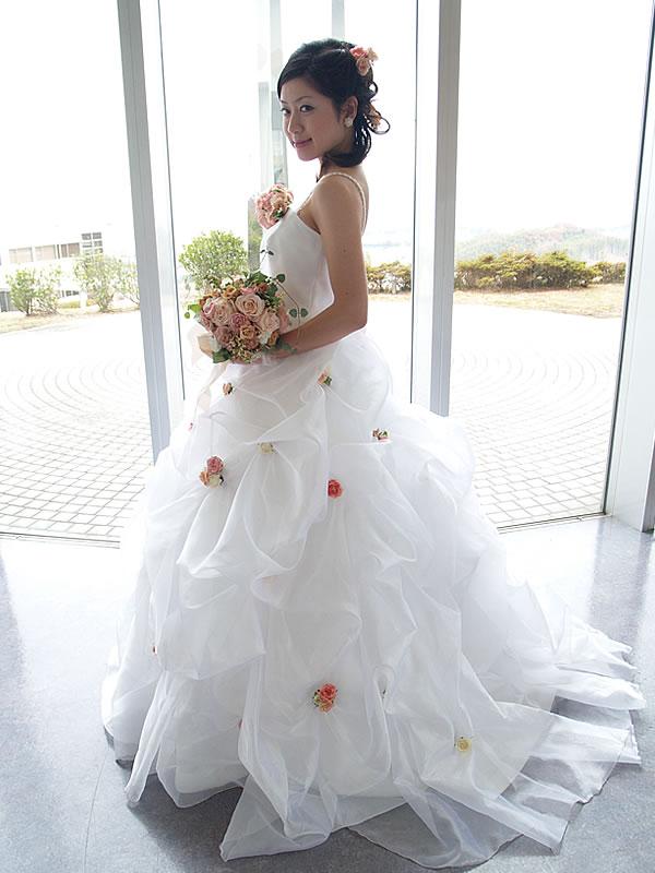 綿菓子みたいなふわふわキュートドレス