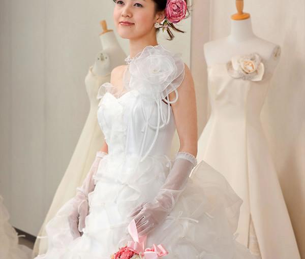 ピュアシルクのロマンティックドレス